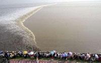 Tidal bore at Qiantang River, China