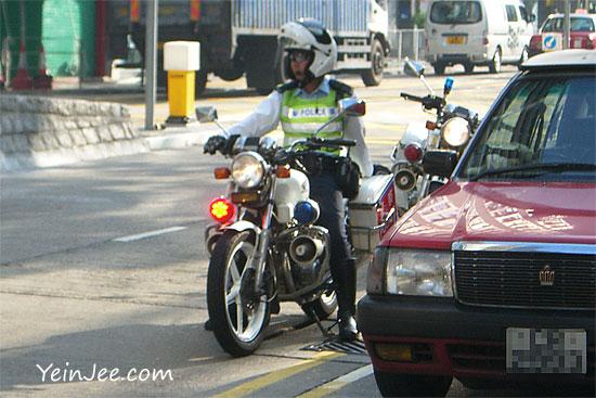 Hong Kong police and taxi
