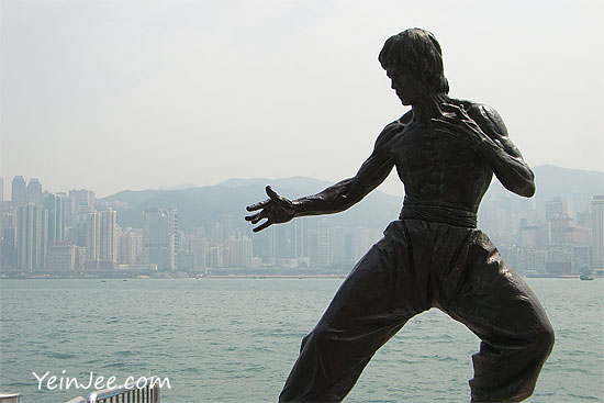 Bruce Lee statue at Avenue of Stars