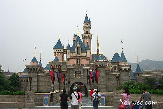 Hong Kong Disneyland Sleeping Beauty Castle
