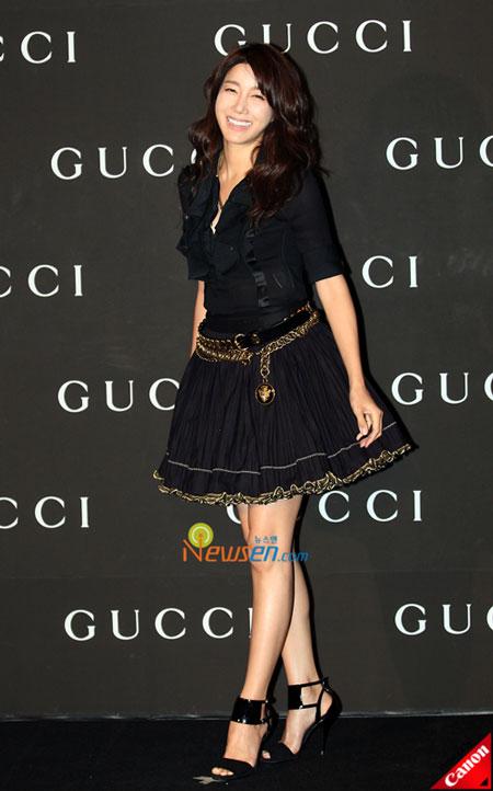 Korean actress Lee Ji-ah at Gucci 0809 FW Collection in Seoul