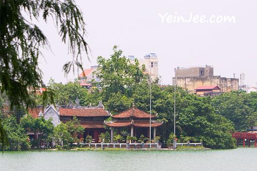 Ngoc Son Temple and Hoan Kiem Lake in Hanoi, Vietnam