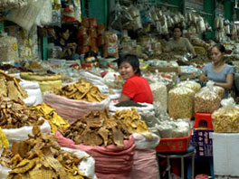 Picture of dry goods vendor at Ben Thanh Market in Ho Chi Minh City, Vietnam