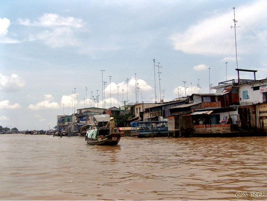Picture of Cai Be floating village in Tien Giang, Vietnam