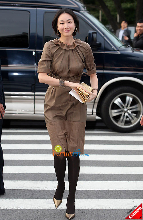 Picture of Korean actress Choi Ji-woo at Kwon Sang-woo wedding ceremony