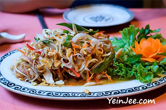 Chicken salad with banana flower at Cay Cau restaurant in Hanoi, Vietnam