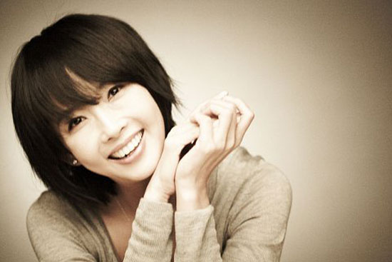 Picture of Korean actress Choi Jin-sil who committed suicide in October 2008