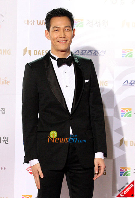 Korean actor Lee Jung-jae Blue Dragon Film Awards 2008