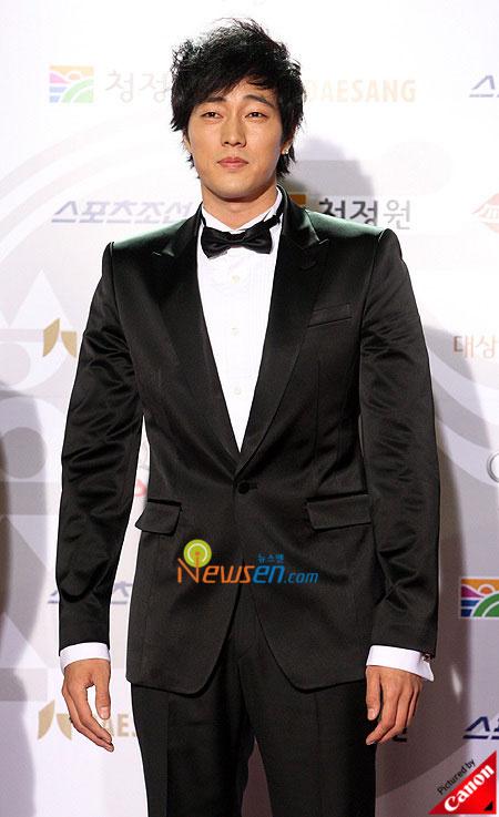 Korean actor So Ji-sup Blue Dragon Film Awards 2008