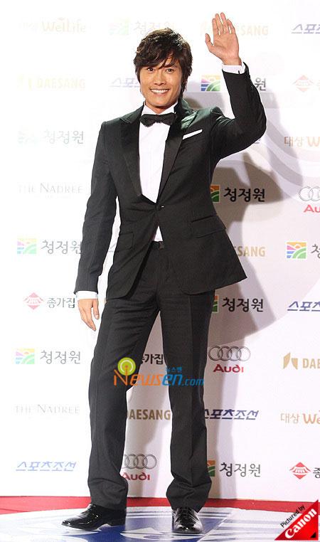Korean actor Lee Byung-hun Blue Dragon Film Awards 2008