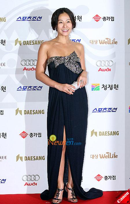 Korean actress Lee Mi-yeon at Blue Dragon Film Awards 2008 in Seoul