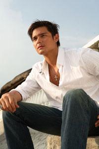 Filipino actor Dingdong Dantes