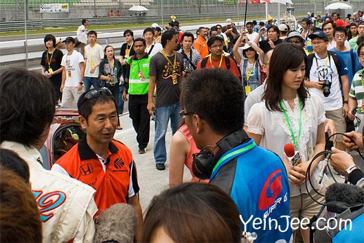 Japanese media interviewing Keiichi Tsuchiya at Super GT Malaysia 2008