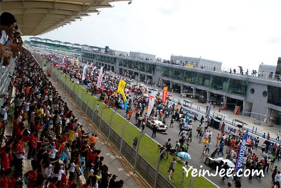 Pre parade lap at Super GT Malaysia 2008