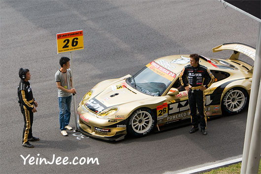 Race king at the pre parade lap of Super GT Malaysia 2008