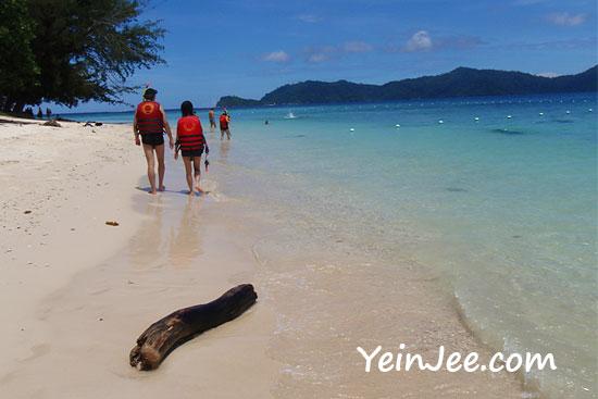 Beautiful beach of Mamutik Island, Sabah, Malaysia