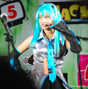 Hatsune Miku at Phil Cosplay Convention 2009