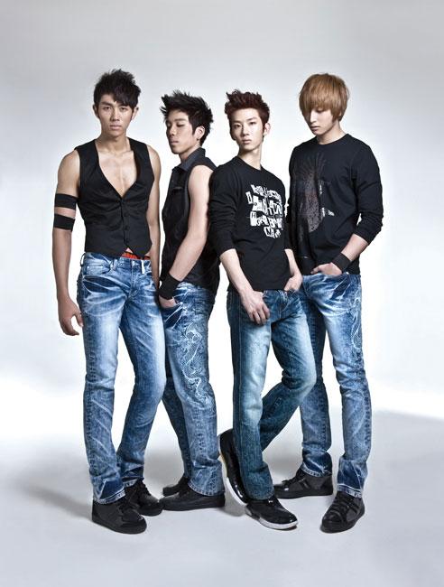 Korean pop group 2AM for Jambangee denim