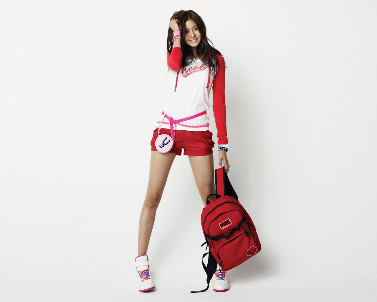 after school sports Sometimes after school sports can improve student's grades because they work harder to stay playing the sport in other cases the kids don't care and they focus only on the athletic side of things and don't care about athletics.