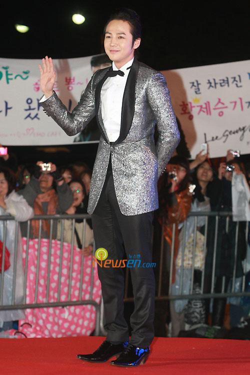 Jang Geun-seuk at 2010 Baeksang Awards in Seoul