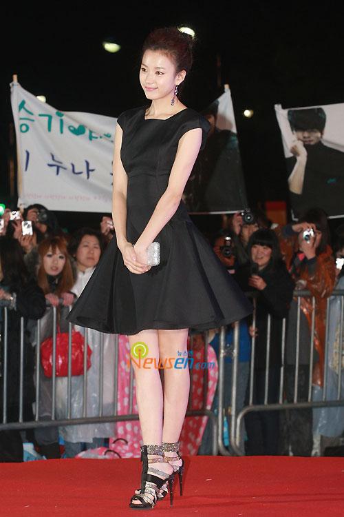 Han Hyo-joo at 2010 Baeksang Awards in Seoul