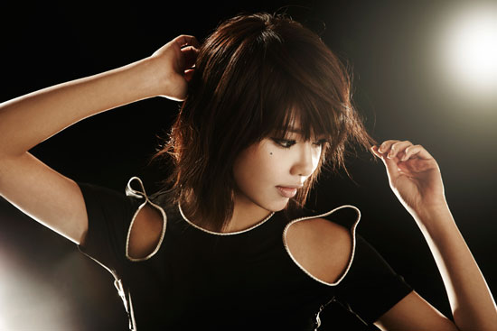 Girls Generation Sooyoung black soshi photo