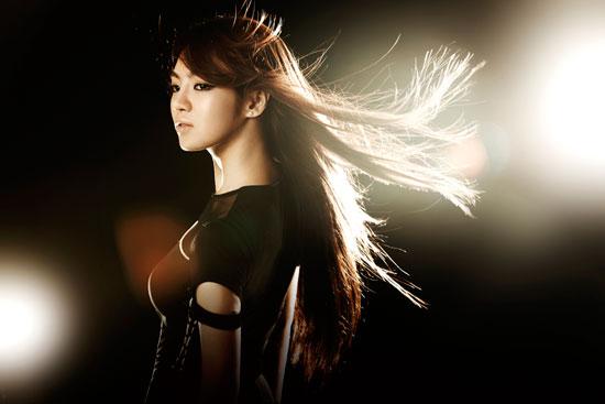 Girls Generation Hyoyeon black soshi photo