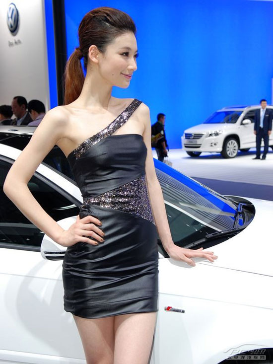 Auto China 2010 show girls