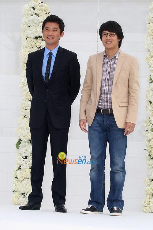 Ahn Jae-wook and Cha Tae-hyun at Jang Dong-gun wedding