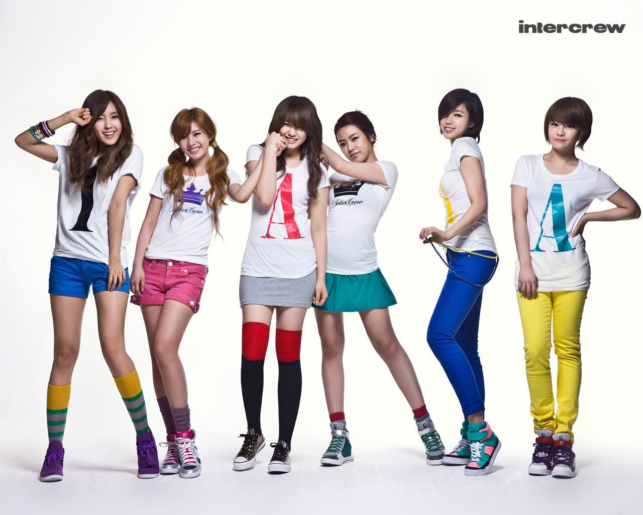 Korean girl group T-ara Intercrew wallpaper