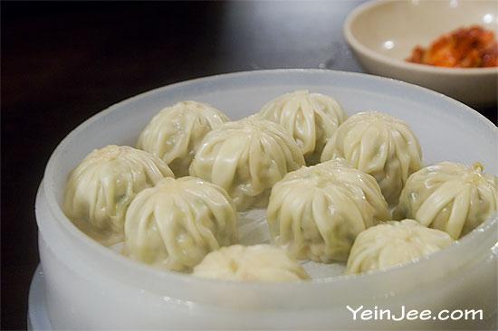 Mandu dumpling at Myeongdong Gyoja restaurant, Seoul