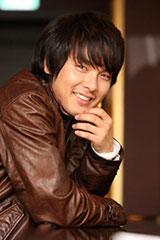 Korean actor-singer Park Yong-ha