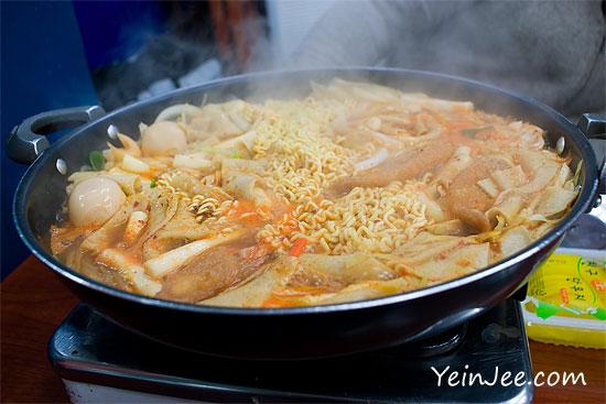 Mabongnim Halmeoni Tteokbokki, Sindang-dong, Seoul