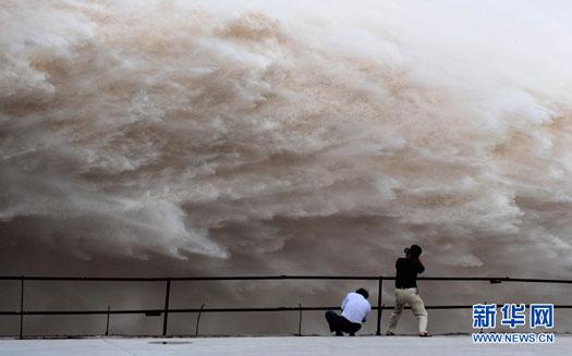 China Three Gorges Dam flood control