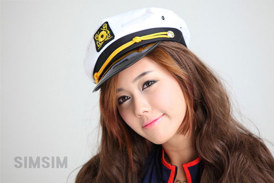 Korean race queen Kim Ha-yul cosplay