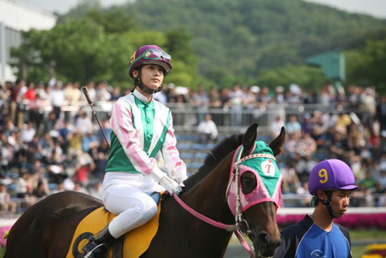 http://yeinjee.com/wp-content/uploads/2010/08/korea-grand-prix-1.jpg