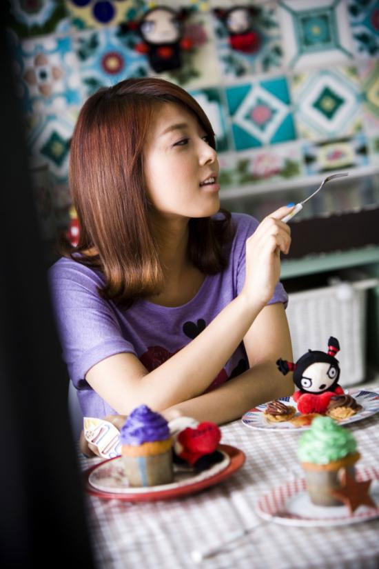 Wonder Girls Sunye loves Pucca