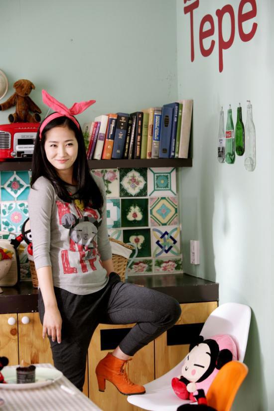 Wonder Girls Yoobin loves Pucca