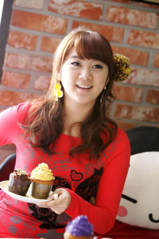 Wonder Girls Sohee loves Pucca