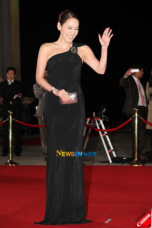 Kim Jung-eun at Daejong Film Awards 2010