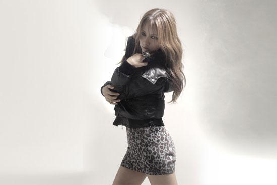Lee Hyori Top Girl clothing