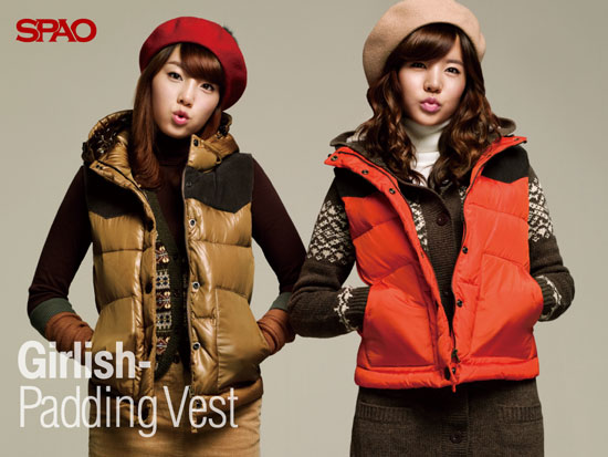 SNSD Taeyeon and Sunny SPAO wallpaper