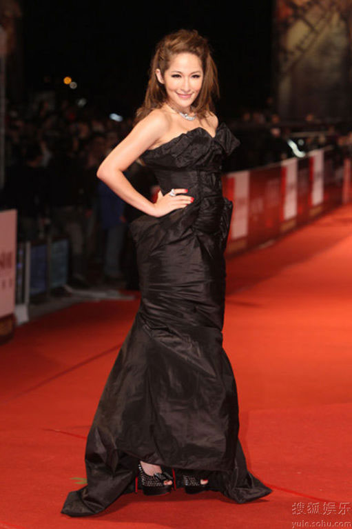 Elva Hsiao at Golden Horse Awards 2010 red carpet