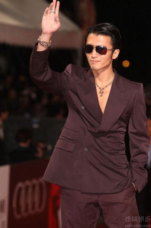 Nicholas Tse at Golden Horse Awards 2010 red carpet
