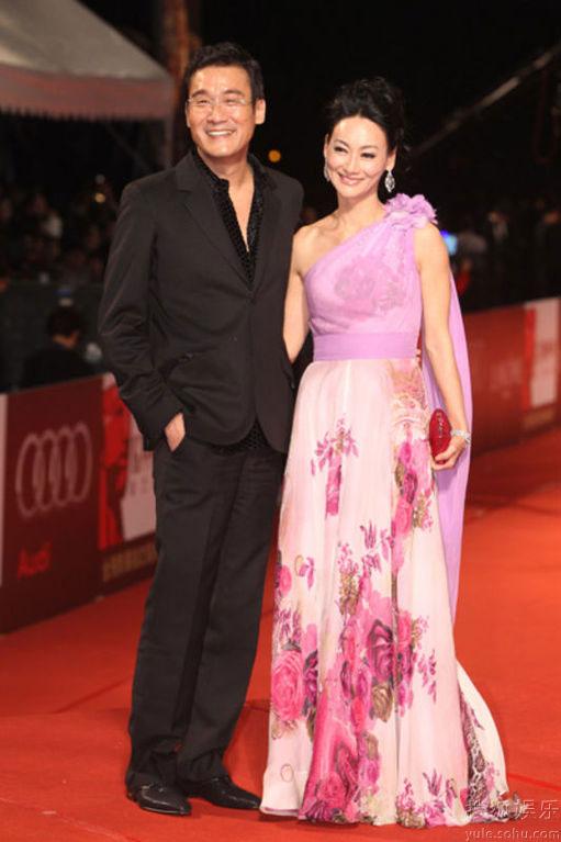 Tony Leung and Kara Hui at Golden Horse Awards 2010 red carpet