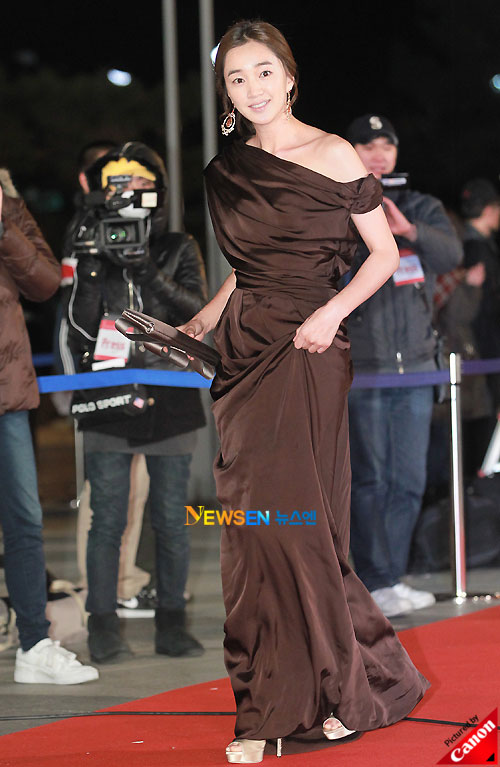Soo Ae at Blue Dragon Awards 2010