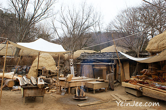 Carpenter house at Korean Folk Village in Yongin