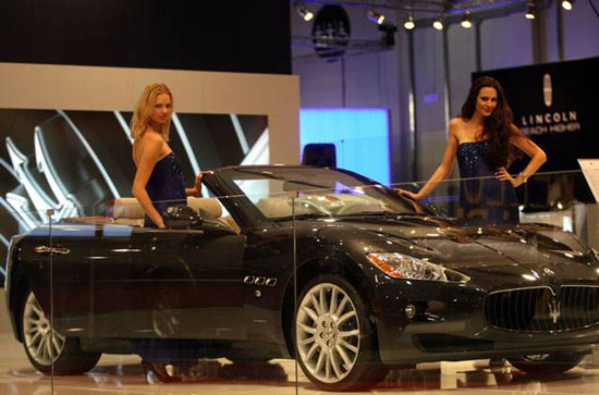 Maserati Grancabrio at Abu Dhabi International Motor Show 2010