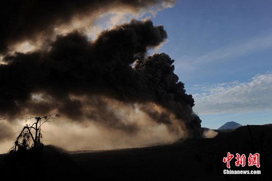 Mount Bromo volcanic eruption, Indonesia