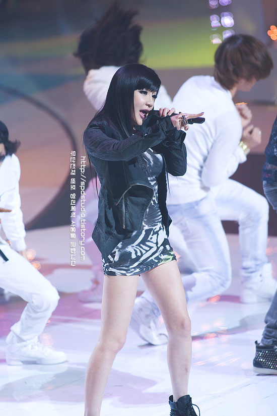 2ne1 at Korea-China Music Festival 2010